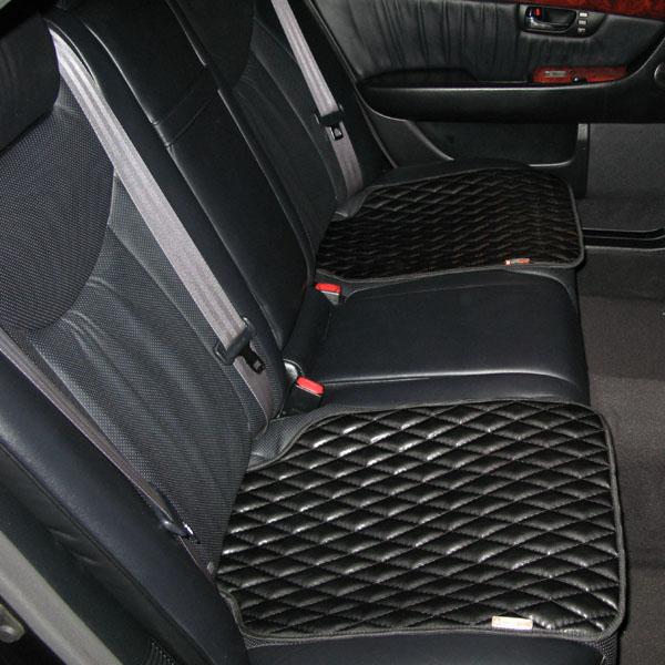 Коврики на сиденье автомобиля