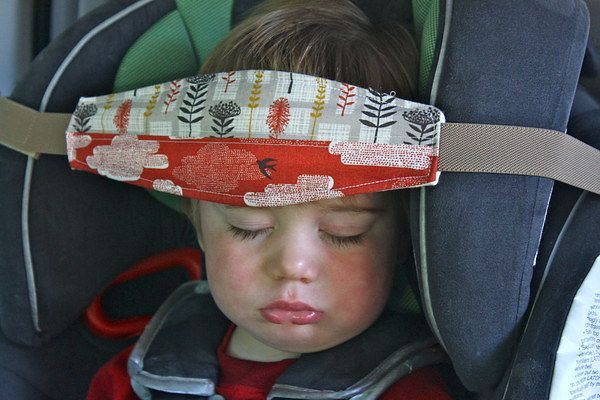 Фиксатор для головы ребенка в автокресле своими руками 681